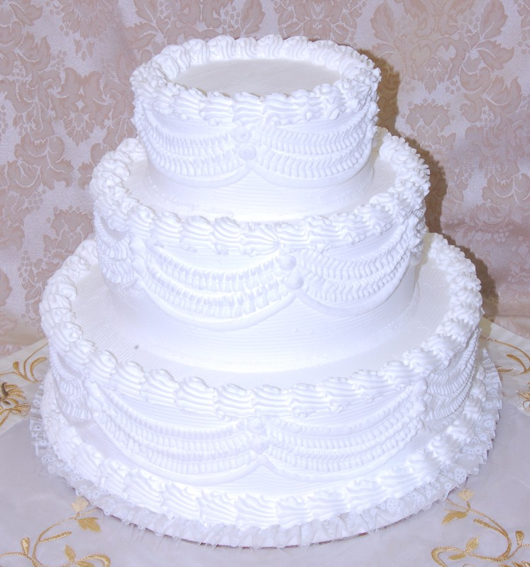 weight of 3 tier wedding cake white three tier stacked wedding cake with lace 16 27003
